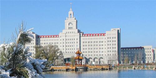 2021年哈尔滨商业大学美术类专业招生计划